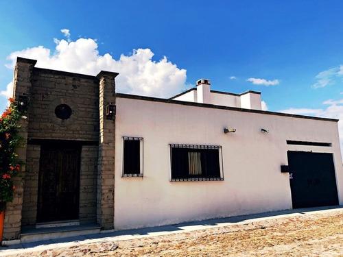 Imagen 1 de 13 de Renta Casa En San Javier Amueblada 3 Recamara 4 Baño Factura