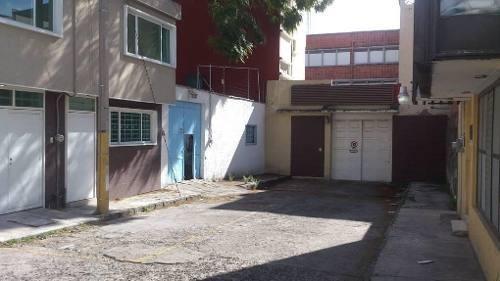 Renta De Oficina Comercial, Céntrica, El Carmen, 200 M2 Techados, Estacionamiento