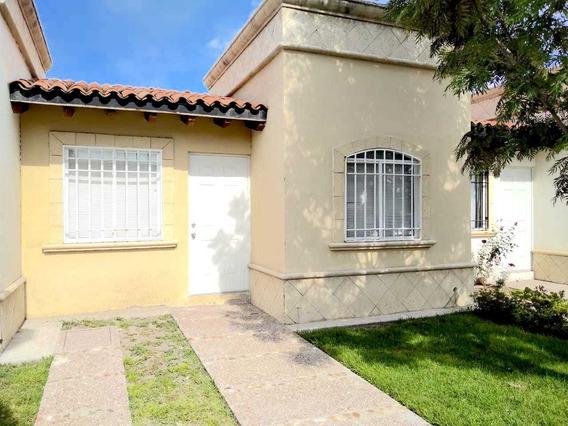 Venta Hermosa Casa En Privada 1 Planta 2 Recámaras
