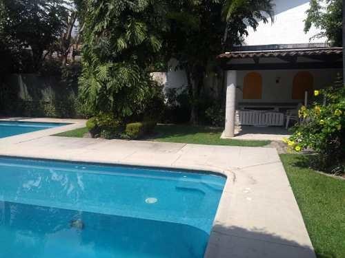 Casa Condominio En Venta - Vista Hermosa