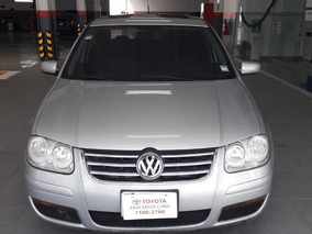 Volkswagen Jetta 4p Trendline Aut