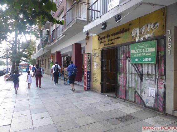 Local Sobra Calle Colon Con Tiraje A Los 4 Vientos Y Gas
