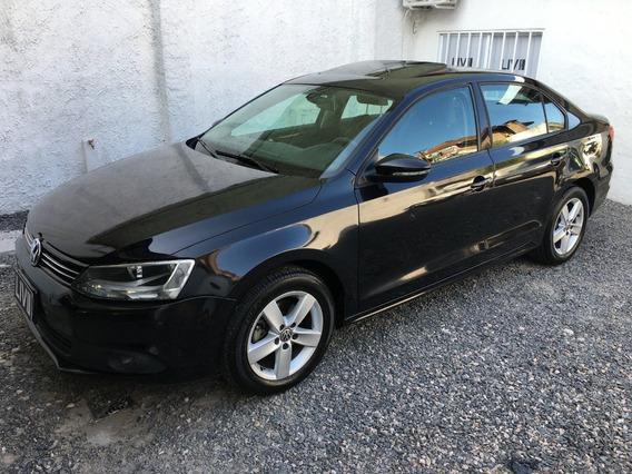 Volkswagen Vento 2.5 Luxury 170cv - Liv Motors