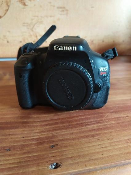 Câmera Canon T3i Rebel (corpo)