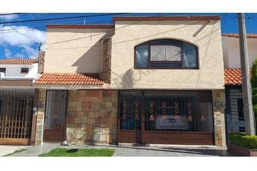 Venta De Casa En Primera Sección De Balcones Del Valle $2,650,000.00