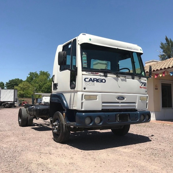 Camion Ford Cargo 712 `07 $ 900000