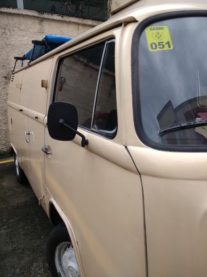 Volkswagen Kombi 1.6 Std 3p Gasolina 2002