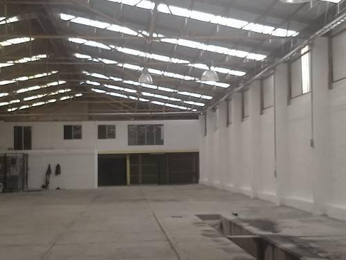 1200 Bodega En Iztapalapa, Trailer Con Subestacion