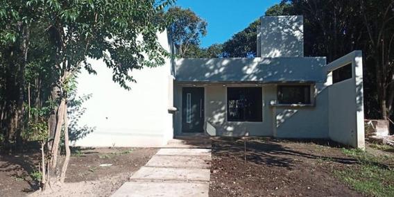 Casa Dos Dormitorios En Villa Catalina