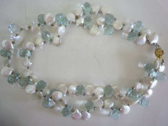 Collar Perlas Moneda Y Cristal Azul Claro Broche Metal Oro