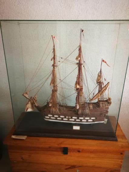 Barco Navío De Linea Escala 1 : 125, Hecho En Fósforo