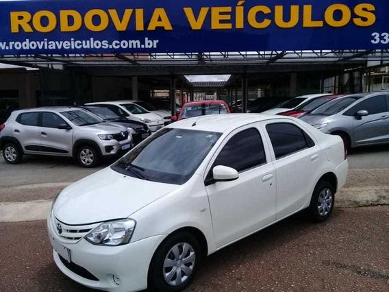 Toyota Etios Sd X 1.5l Mt