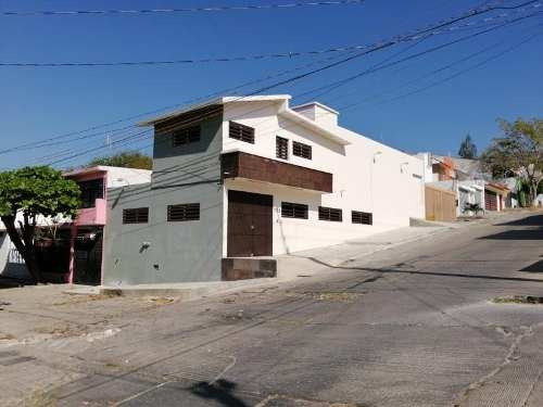 Oficina Comercial En Venta Fracc Municipal Los Laguitos