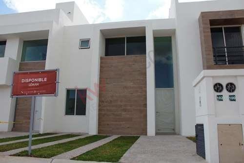 Casa En Venta En Nueva Zona Residencial $1,880,000.00 Cerca De Zona Industrial San Luis Potosí