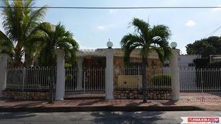 Casa En Alquiler En Urb Fundación Mendoza, Maracay