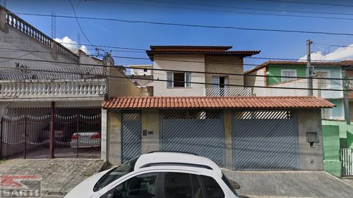 Quintal Com Arvores Frutíferas - 3 Dormitórios  - St18670