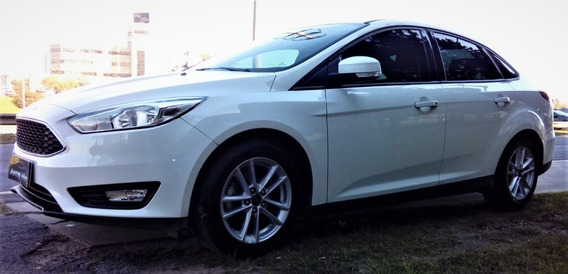 Ford Focus S M/t 1.6