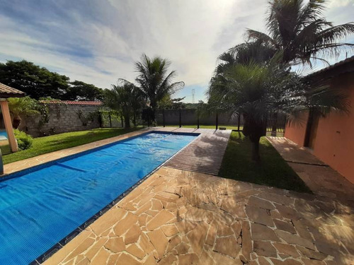 Imagem 1 de 30 de Chácara No Vista Alegre - V4061