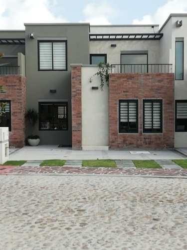 Casa En Venta En Zirandaro San Miguel De Allende