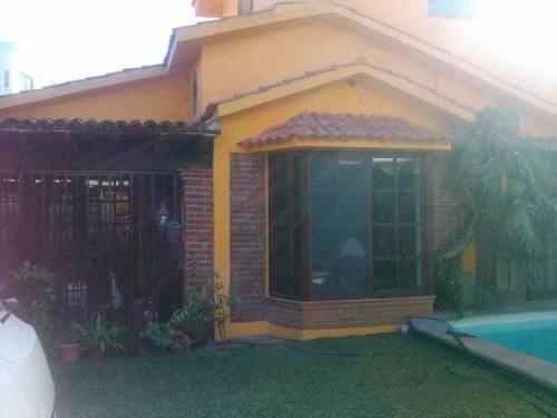 Casa De 1 Nivel En Cuernavaca