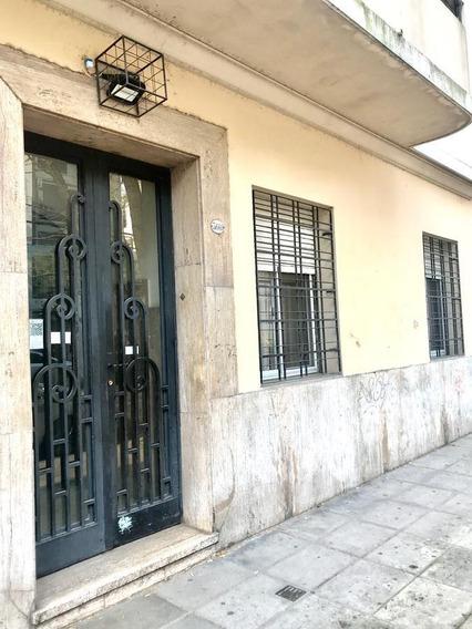Ph Al Frente Con Bajas Expensas En Almagro