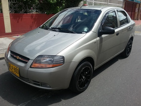 Chevrolet Aveo 1,6 Sedán, Súper Económico