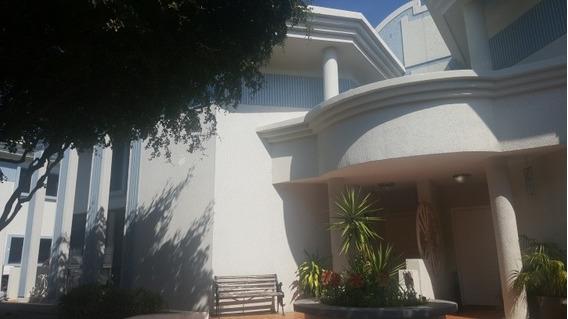 Villa Cerrada Alquiler Fuerzas Armadas Maracaibo Api 2772