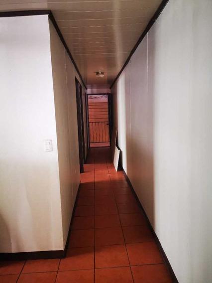 Apart De Dos Habitaciones Rincon De Arias, Calle Astorga,