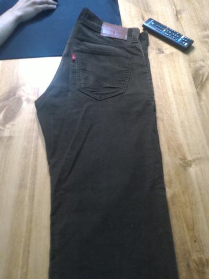 Pantalón Levis 549 Importado De Corderoy Talle 34x32