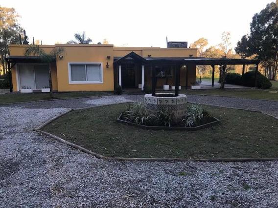 Casa 4 Ambientes , 2 Baños , Cocina , Comedor , Quincho ,
