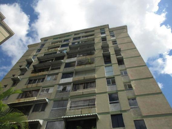 Confortable Apartamento En Colinas De Bello Monte