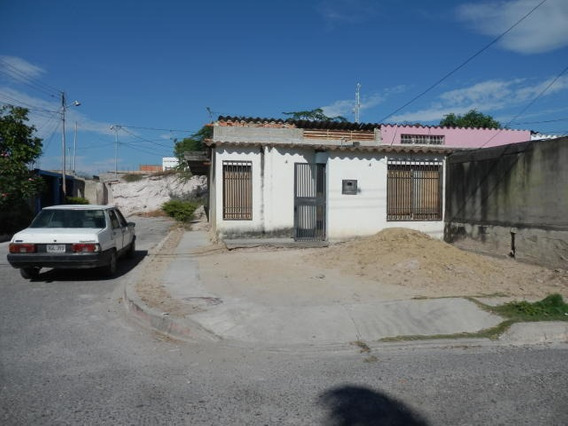 Casas En Venta En Zona Oeste Barquisimeto Lara 20-3401