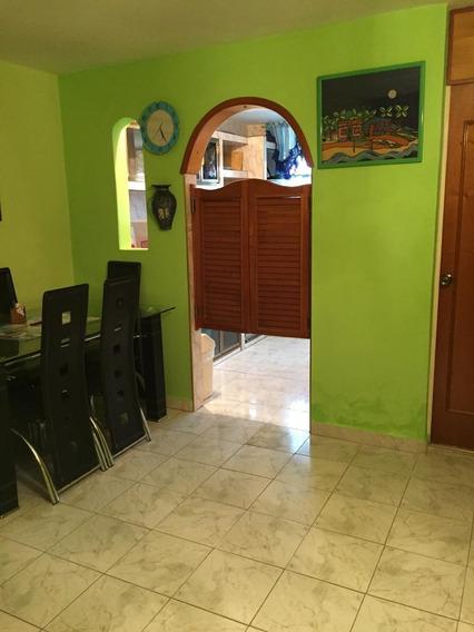 Apartamento En Urb. Madre Maria 04243448602