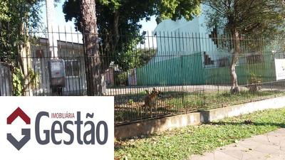 Casa Comercial Localizado(a) No Bairro Igara Em Canoas / Canoas - C0455