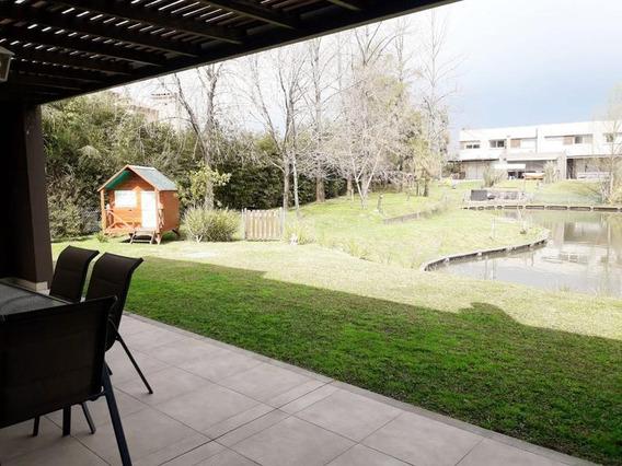Duplex 3 Dormitorios Con Jardín Al Lago En Venta En Nordelta
