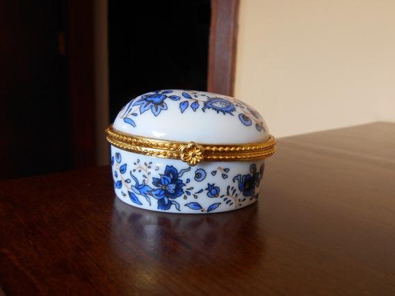 Porta Jóias De Porcelana Com Motivos Florais Azuis