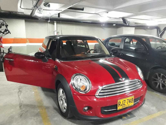 Mini Cooper Color Rojo Modelo 2011