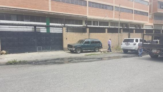 Local Industrial 1000m2 Caracas Los Cortijos