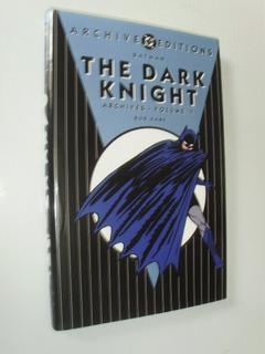 Batman The Dark Knight Archives Vol 1 Dc Capa Dura Em Inglês