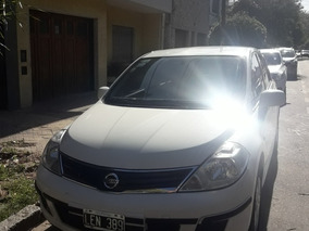 Nissan Tiida 1.8 Visia 4 P 2012