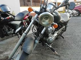 Moto Supershadow 250 Barata Que Me Voy Prende Y Rueda Bello
