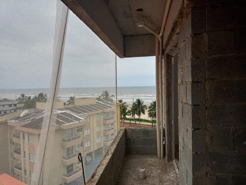 Imagem 1 de 12 de Am56 Apartamento 1 Dormitório- 30 M Praia- Parcela Direto C