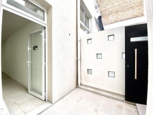 Ph De Pasillo De 2 Dormitorios En El Centro De Rosario