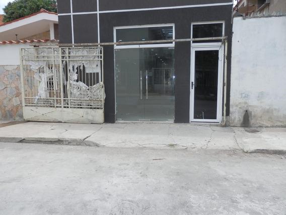 Local Comercial En Alquiler Este De Barquisimeto 21-1232 Kcu