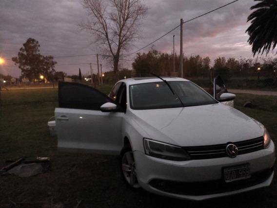 Volkswagen Vento 2.5 Advance Plus 170cv 2014
