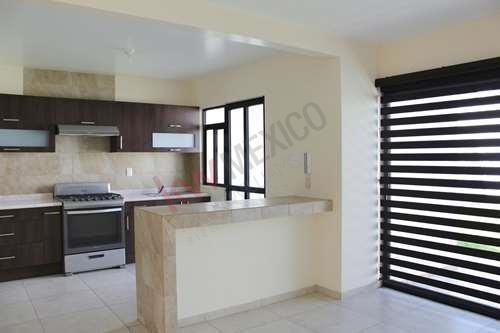 Casa En Renta Fracc. Catara $11,000 Áreas Verdes, Gym Y Alberca