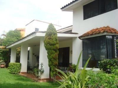 Rento Casa En Privada Con Vigilancia Zona Norte.