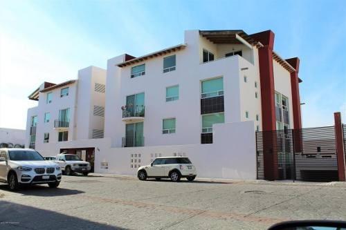 Departamento En Renta En Milenio 3era Seccion, Queretaro, Rah-mx-20-1714
