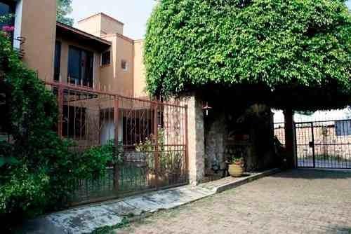 Casa En Tetela Del Monte, Cuernavaca, Morelos Crb-358-cp