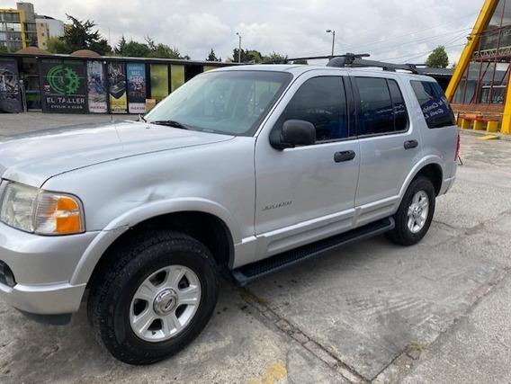 Ford Explorer Xlt Americana